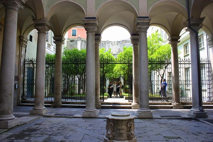 Palazzo-Giacomo-e-Pantaleo-Balbi