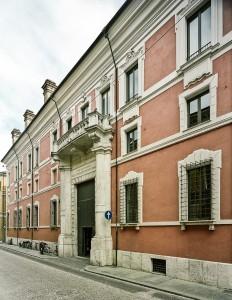 palazzo-corradini